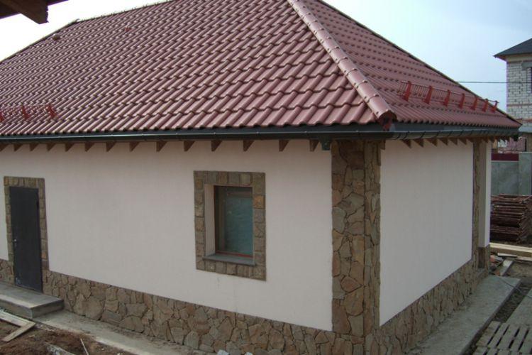 Отделка фасада дома на сайдинг